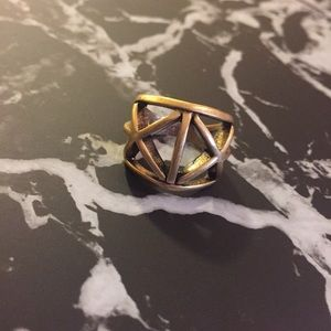 MOVING SALE🎉 JCrew Ring
